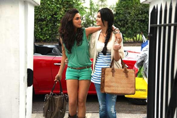 Deepika Padukone In A Monochrome Outfit